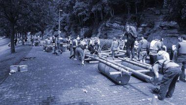 teambuilding floßbau großgruppe